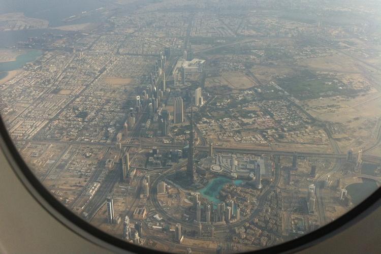 Vivre à Dubai : îles artificielles et vie artificielle?
