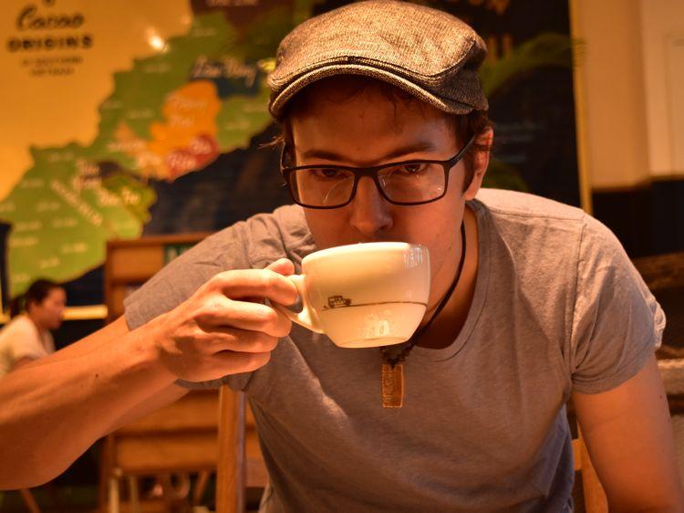 gael-deballe-cafe-du-voyage